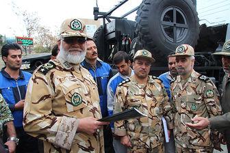 بازدید فرمانده نزاجا از خودروی تانکبر ایرانی+عکس