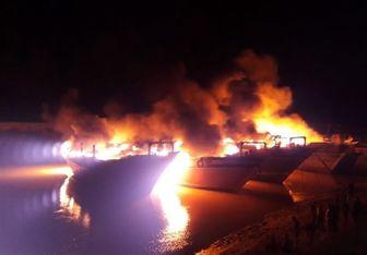 لنج های تجاری در بندر هندیجان در آتش سوختند