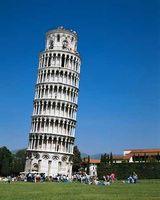 بازدید گردشگران از «برج پیزا» محدود میشود