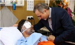 عیادت دستیار ویژه رئیسجمهور از خبرنگار مجروح