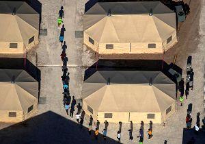 وضعیت مهاجران در اردوگاههای مرزی آمریکا «شوکهکننده» است!