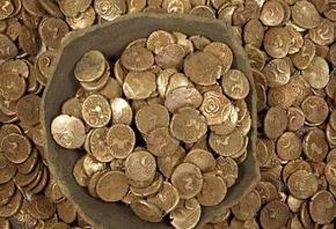 کشف سکههای ۱۲۰۰ ساله از جیب یک چوپان