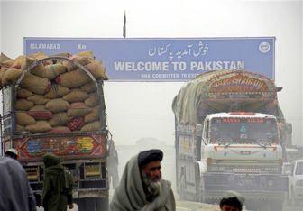 پاکستان مرزهای زمینی با افغانستان و ایران را میبندد