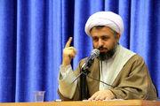 آقای روحانی اشتباهاتش را بپذیرد و از مردم عذرخواهی کند