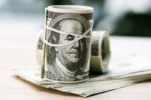 قاچاق دلار از افغانستان به ایران