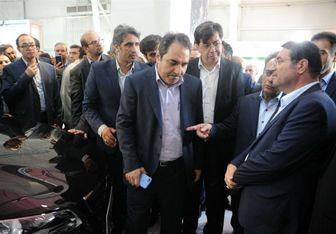 بازدید وزیر صنعت از نخستین محصول جهاد خودکفایی ایران خودرو