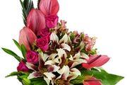 ایده های تزئین سبد گل با انواع مختلفی از گل ها