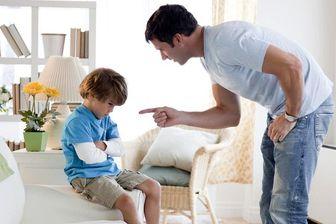 ردّ پای کودکی فرد در دست به زن داشتن او در بزرگسالی