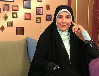 خانم مجری دست به دامان امام رضا(ع) شد/ عکس