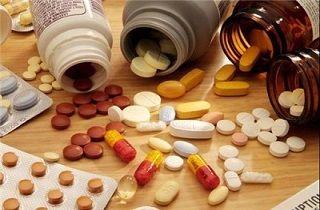 خطرات استفاده همزمان داروی صنعتی و سنتی
