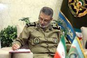 ارتش تحت رهبریهای فرمانده کل قوا همواره در صحنه حاضر است