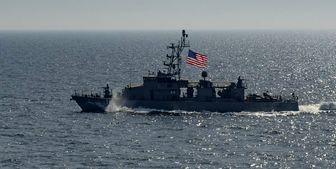قایقهای تندرو سپاه در نزدیکی ناو آمریکایی +فیلم
