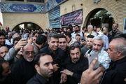 هجوم سلفیبگیران به مراسم ختم آقای گزارشگر/تصاویر