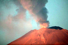 خطر فوران آتشفشان مکزیک را تهدید می کند