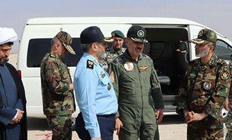 فرمانده کل ارتش از پایگاه هوایی شهید نوژه بازدید کرد