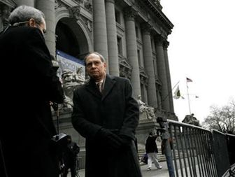 Madoff firm trustee wins right to pay $۲.۴ billion to victims