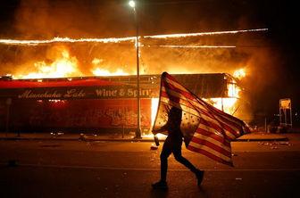 آتش در دامن آمریکا/ انتخاباتی که بوی خون می دهد