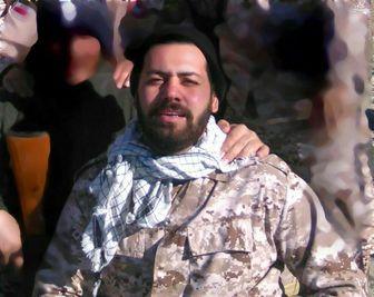 ماجرای عجیب عطر خاص لباسهای شهید مدافع حرم/فیلم