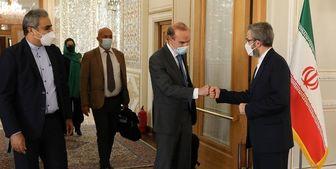 پایان رایزنی باقری و مورا در تهران