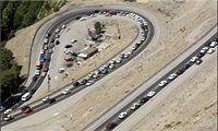 ترافیک تمام محورهای کشور روان است