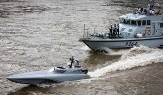 کپی رسمی انگلیس از تاکتیکهای نیروی دریایی سپاه+ تصاویر