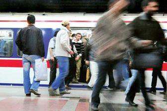 دردسر جدید در مترو پایتخت که مردم را کلافه میکند